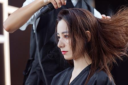 脱发可以织发补发吗?